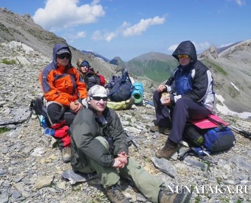 Привал на перевале Федосеева