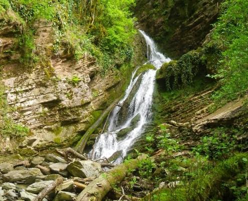 Водопад на притоке ручья Ажек