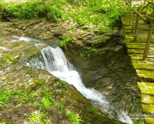 Первый Ажекский водопад