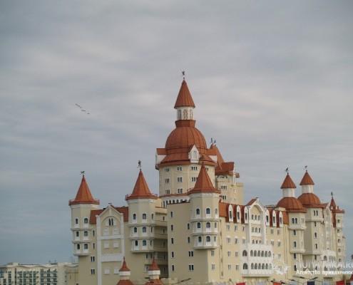 """Сказочный замок - отель """"Богатырь"""""""