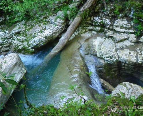 Водопад в каньоне реки Кудепсты
