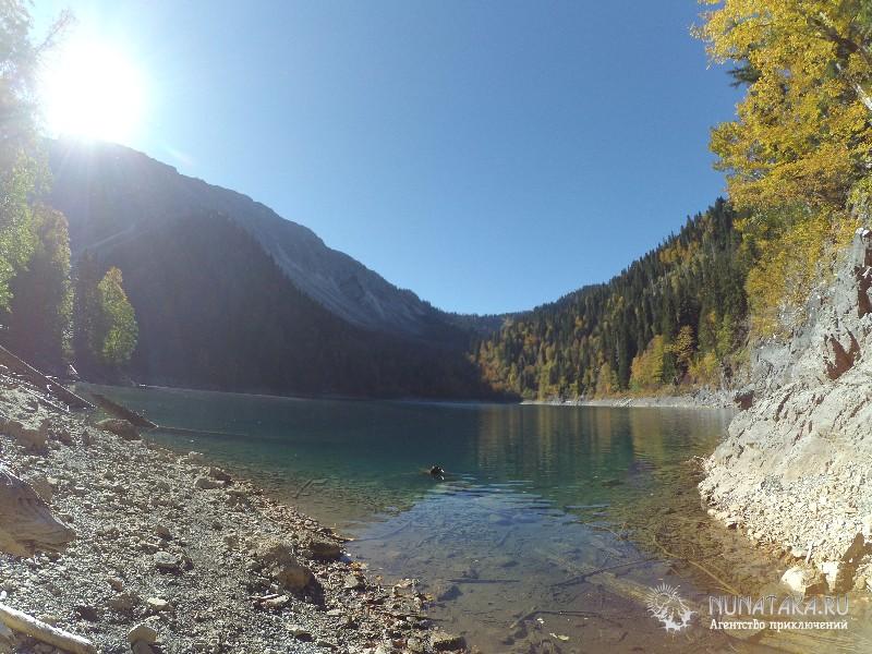Сверху озеро еще красивее