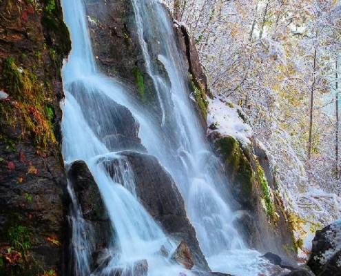 Полноводный водопад, октябрь - 2016