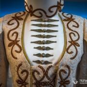 Кавказская атрибутика в современной одежде