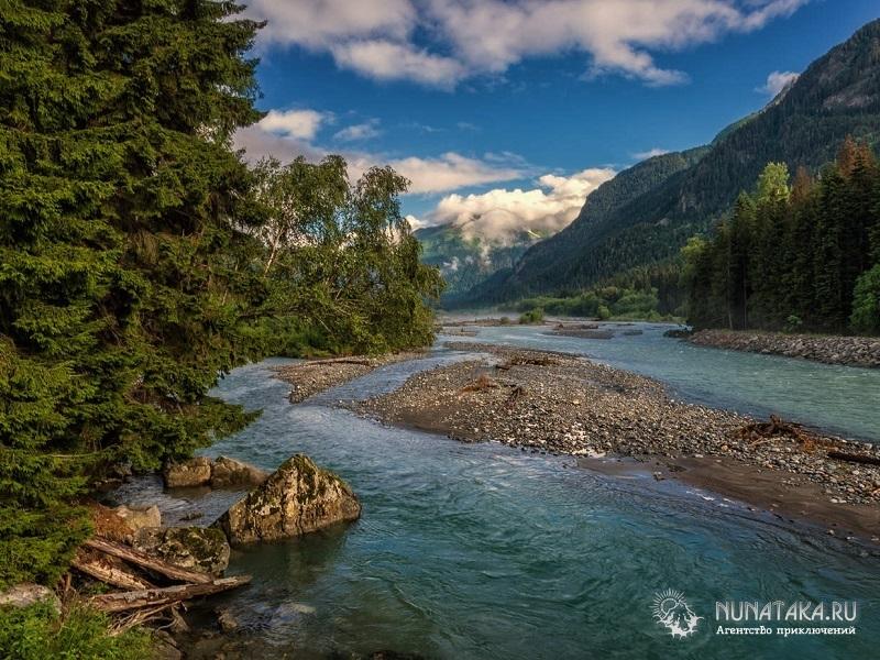 Горная красавица - река Теберда