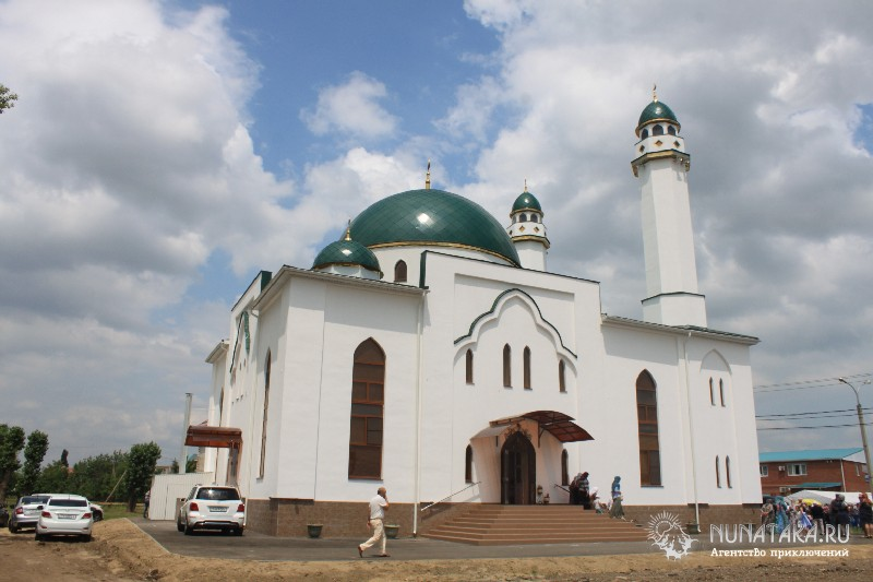 Энем. Мечеть