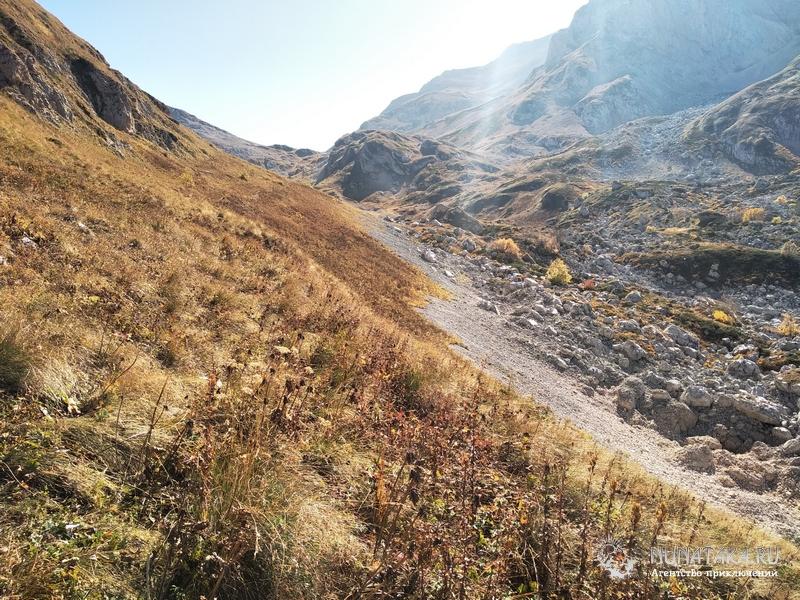 Подъем на Фишт-Оштеновский перевал
