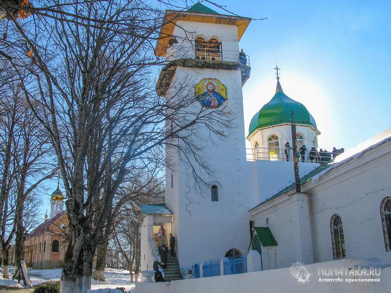 Свято-Михайловский монастырь, Троицкий храм